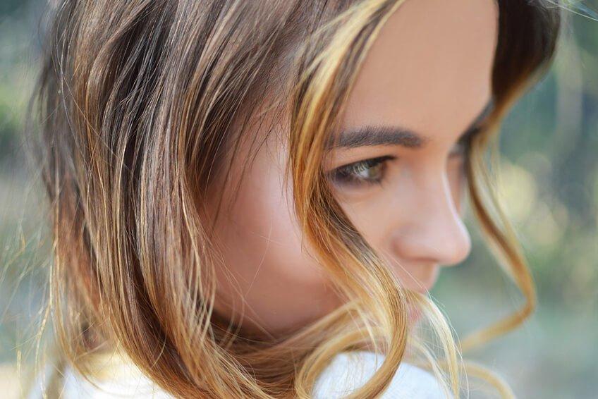 Caduta dei capelli  I rimedi naturali più efficaci – Antica Farmacia ... 0128972875b2